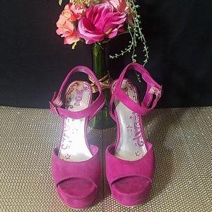 Brash Pink High-heeled Shoes